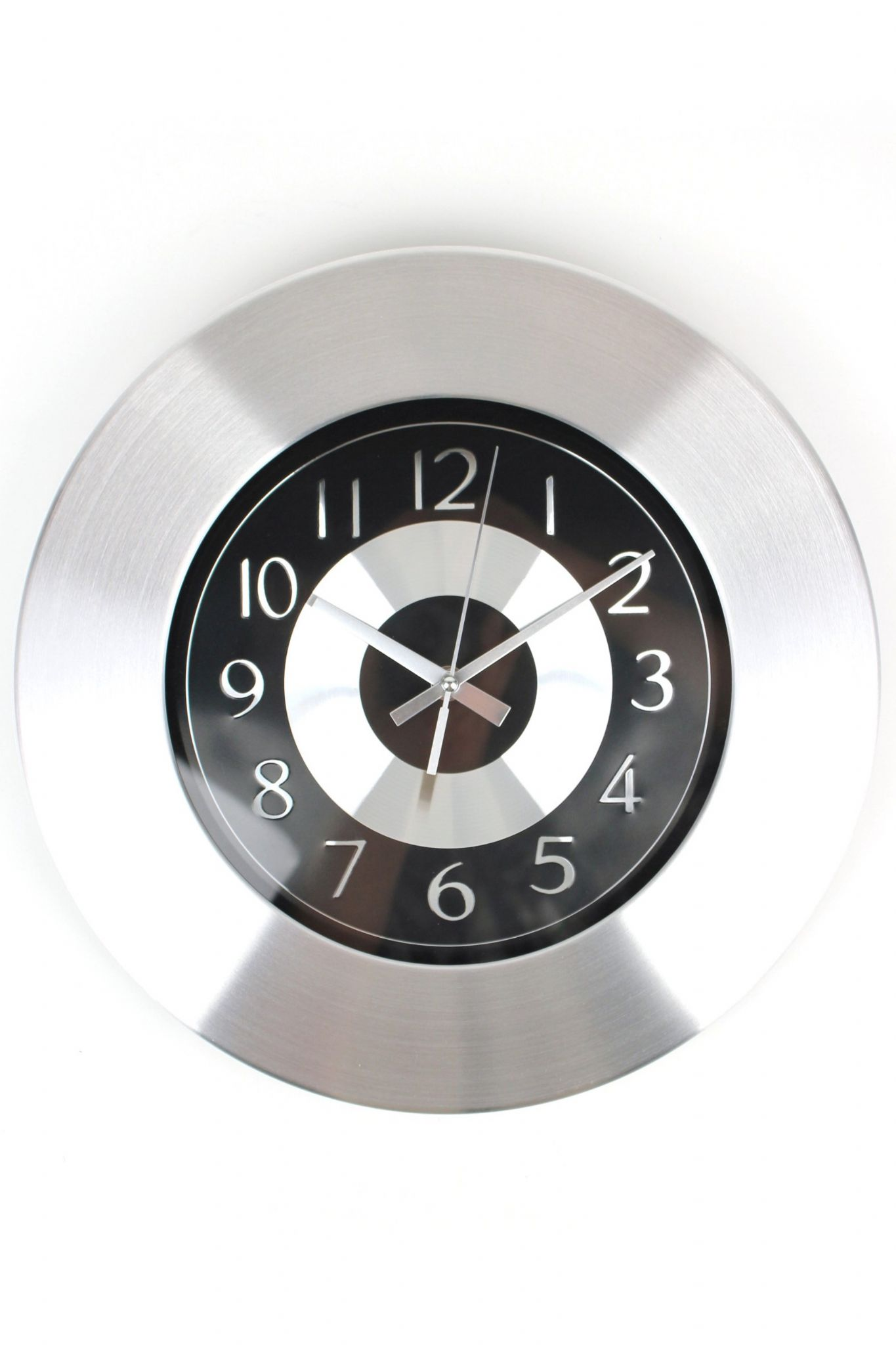 Stylish Round Wall Clock With Brushed Metal Face